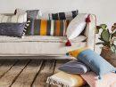 Les Coussins Réchauffent La Maison | Leroy Merlin concernant Coussins Originaux Pour Canapé