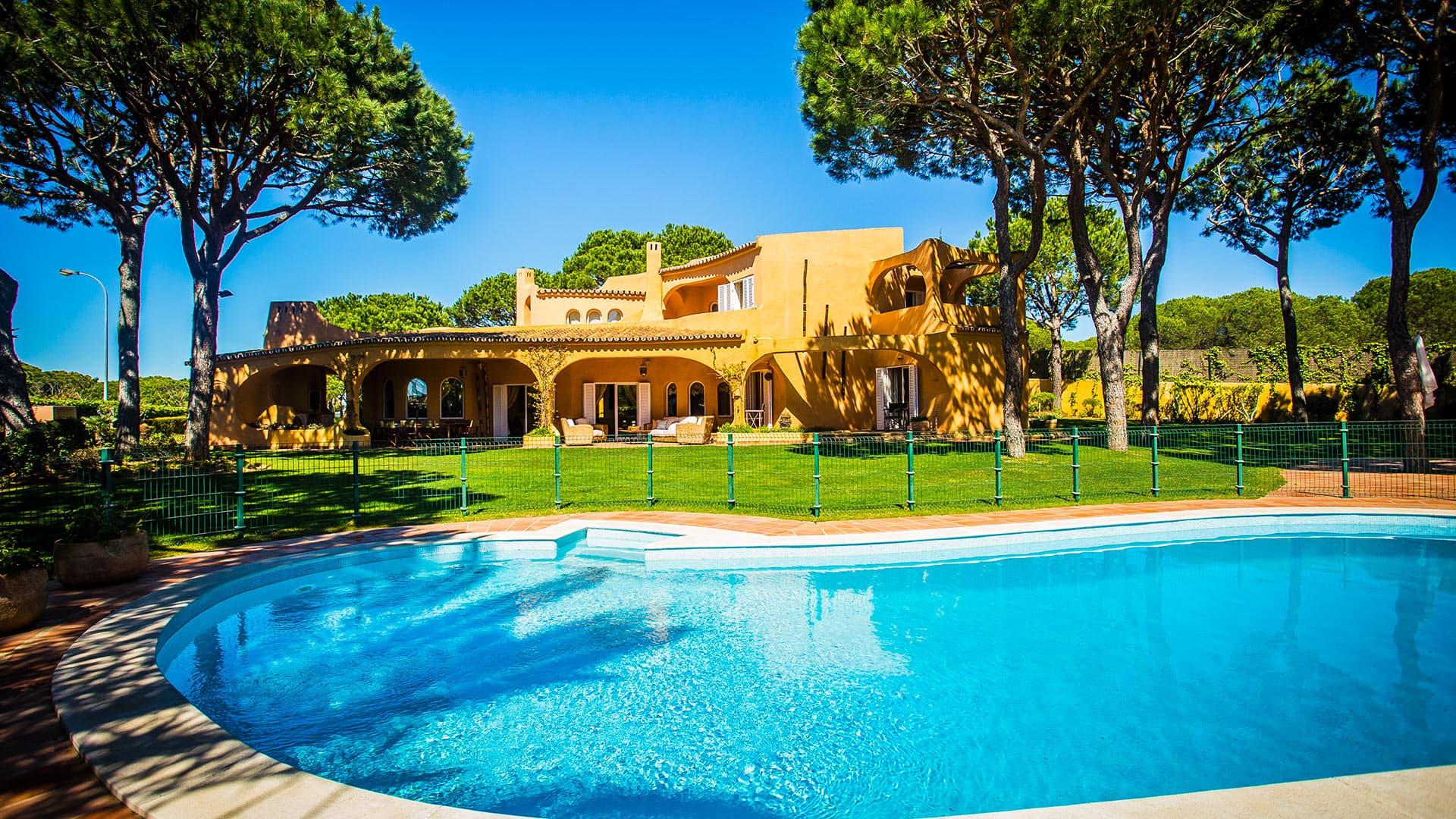 Location De Villa De Luxe Au Portugal | Villanovo à Location Maison Portugal Piscine