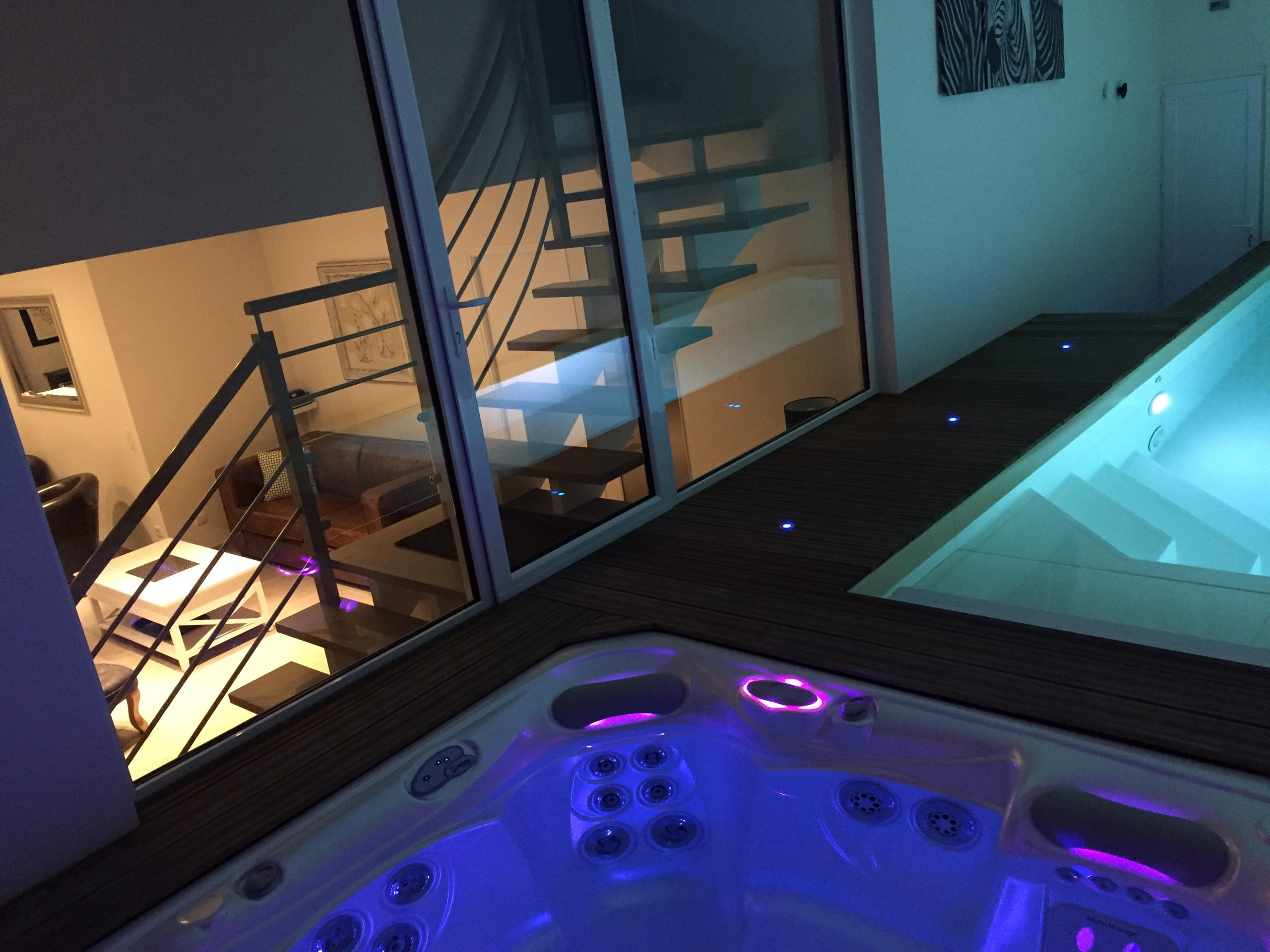 Location Villa De Vacances Avec Piscine Intérieure Et Spa intérieur Location Avec Piscine Couverte