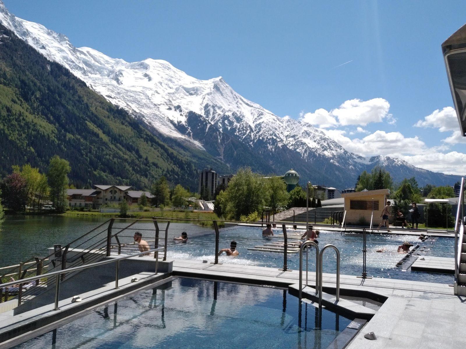 Massage, Hammam, Sauna, Soins Esthétiques, Piscine Etc ... à Chamonix Piscine