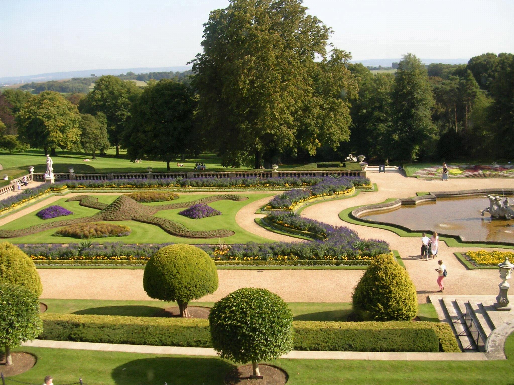 Parterre (Jardinage) — Wikipédia concernant Parterre Decoratif