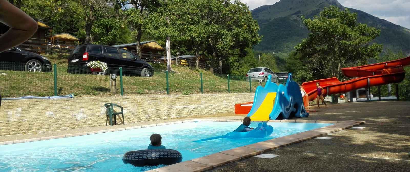 Petit Camping Dans Le Pays De Corps En Isère Au Lac De Sautet avec Camping Isère Avec Piscine