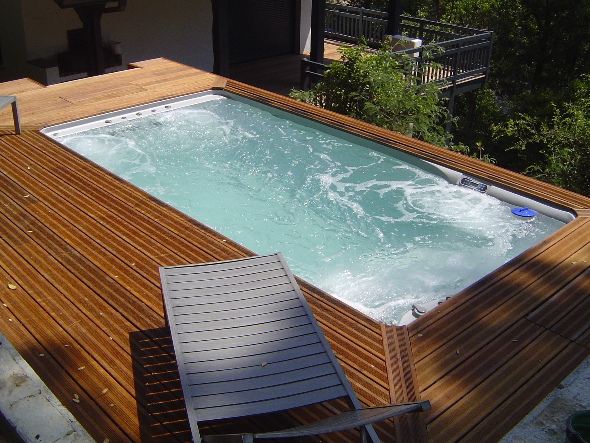 Piscine Spa Balnéo, Nage À Contre-Courant : Pretty Pool tout Piscine Contre Courant