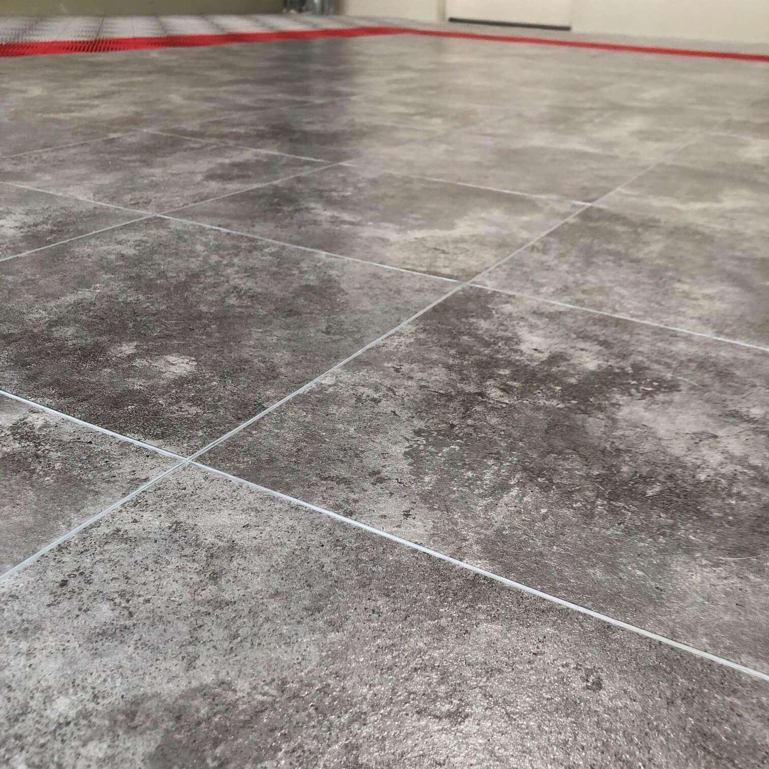 Polierter Betonboden Marbletrax | Swisstrax Europa pour Carrelage Pour Garage