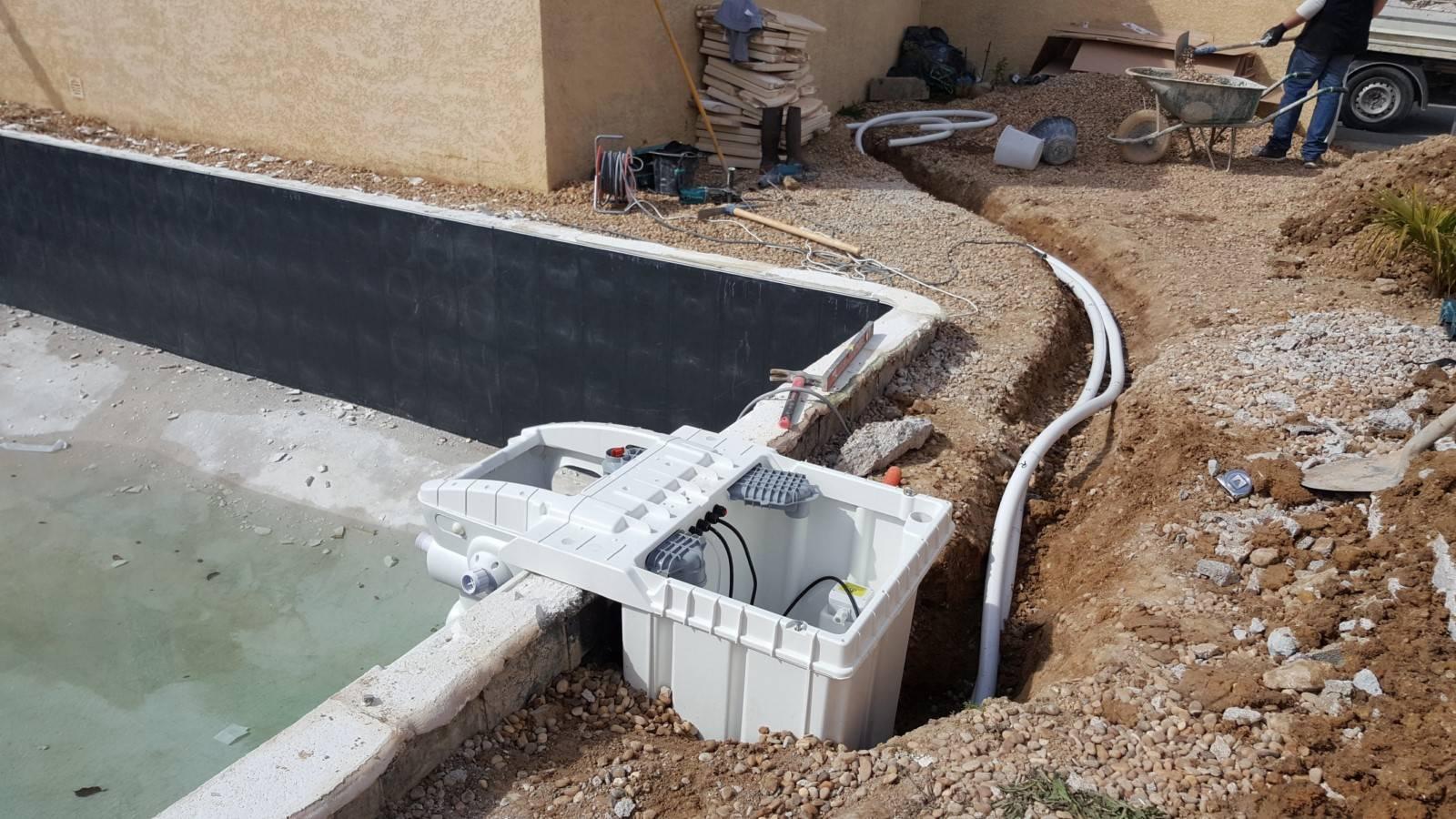 Rénovation D'une Piscine Desjoyaux De 8X4 Mètres ... intérieur Pompe A Chaleur Piscine Desjoyaux