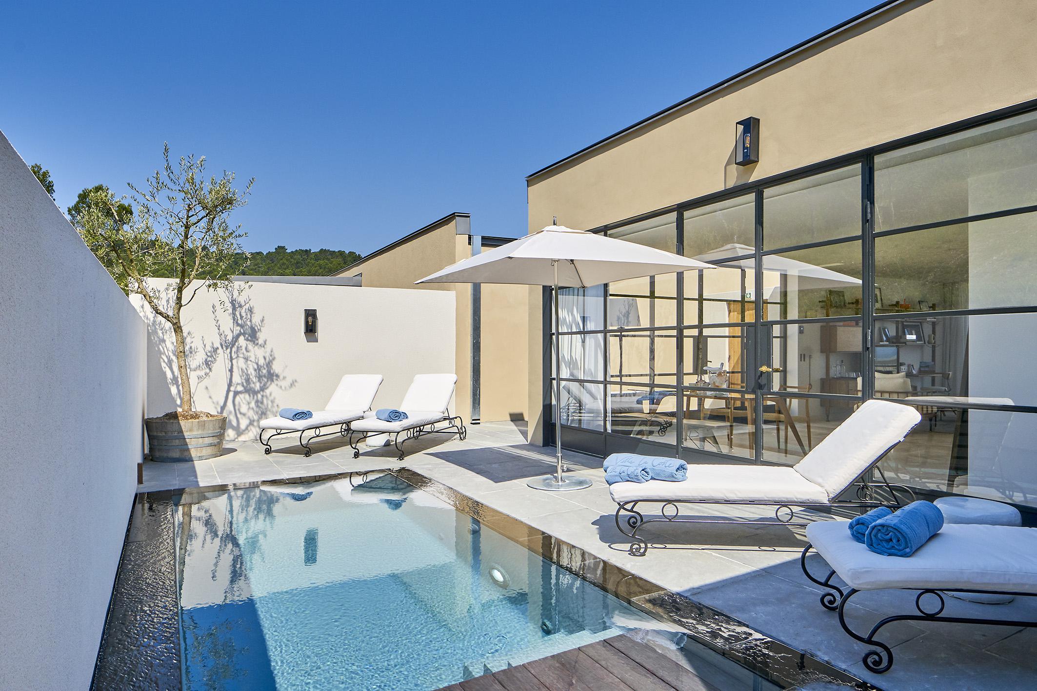 Suite De Luxe En Provence Avec Piscine Privée | Hotêl Villa ... à Hotel Avec Piscine Privée France