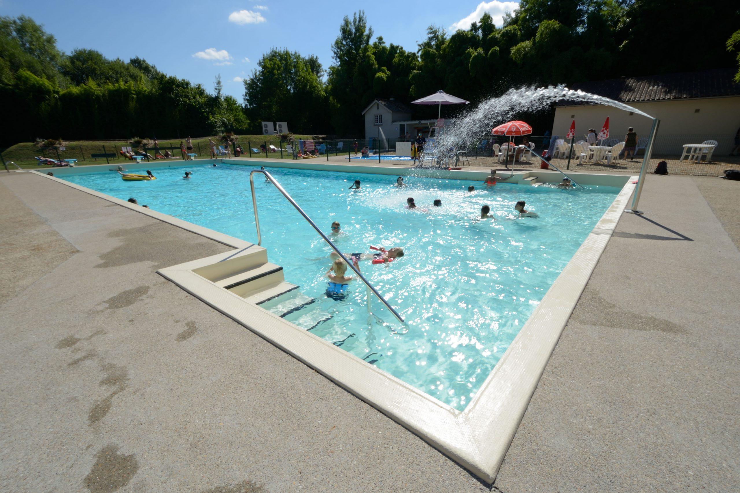 Swimmingpool - Gouex (86 - Vienne) concernant Piscine De Vienne