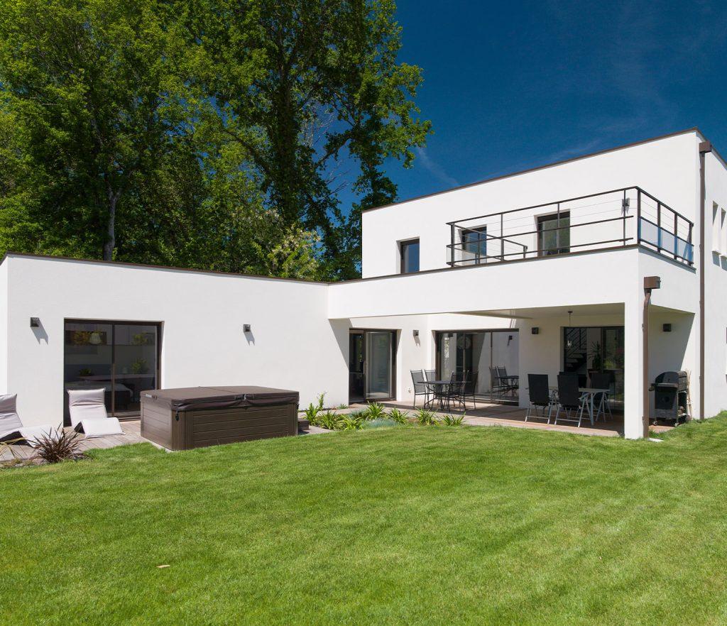 Terrasse Couverte, Pergola, Solarium Et Loggia : Comment ... concernant Maison Avec Terrasse Couverte