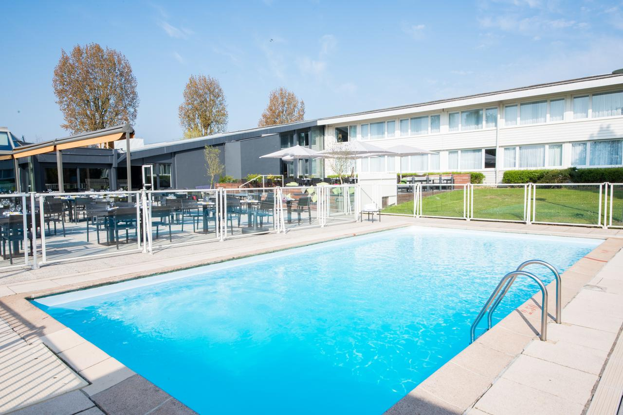 The Best Family Hotels In Lesquin destiné Piscine Lesquin