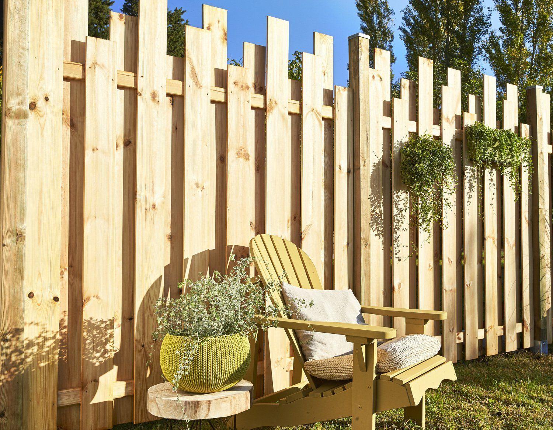 Une Palissade Avec Un Effet Graphique #avec #effet #fence ... serapportantà Panneau Bois Occultant Ugo