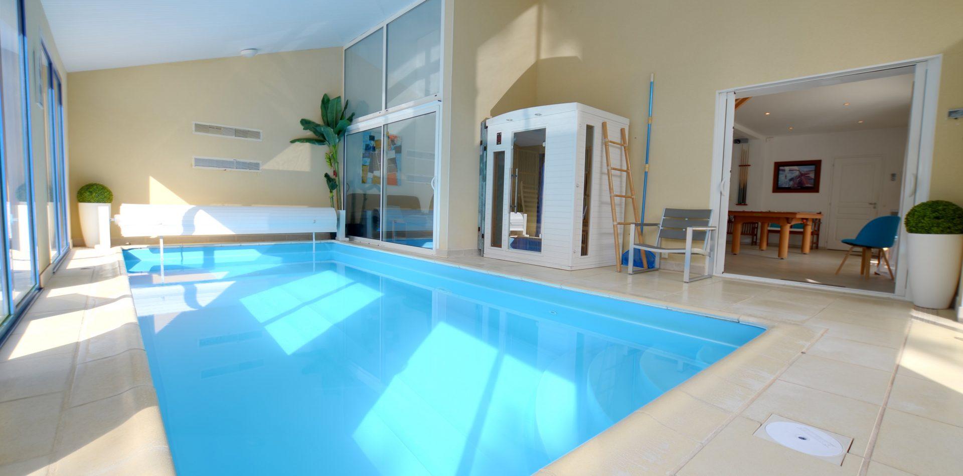 Villa Eden – Maison De Vacances***** En Vendée Avec Piscine ... tout Maison Piscine Intérieure