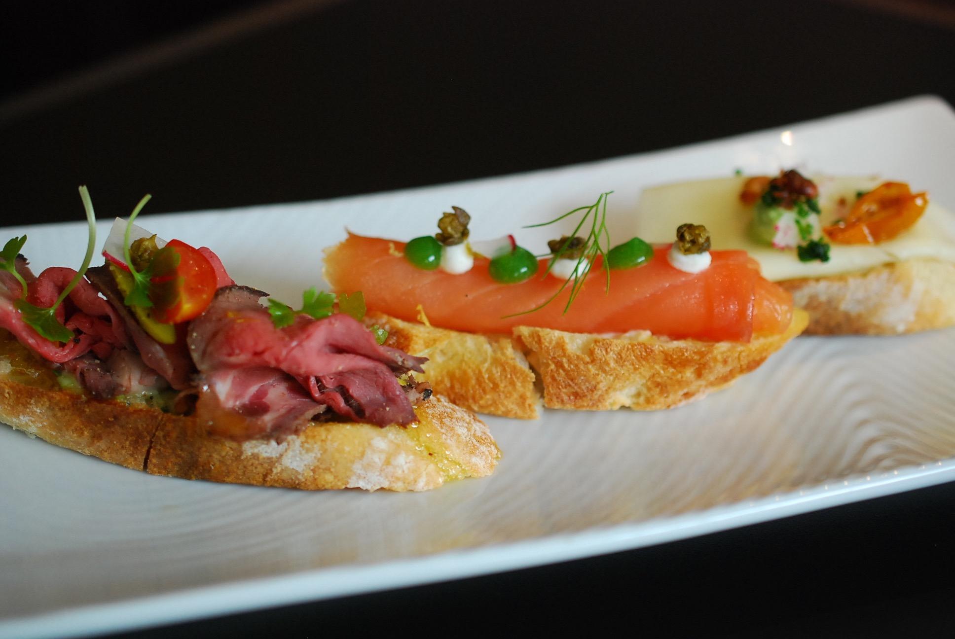 9 Austin Restaurants That Deserve More Love - Zagat avec Canapé Austin But