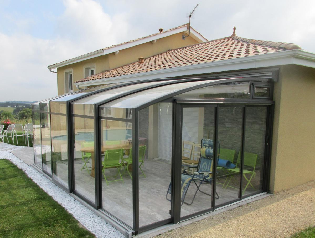 Abri De Terrasse Coulissant Et Veranda Retractable Aluminium ... encequiconcerne Abris De Terrasse Retractable