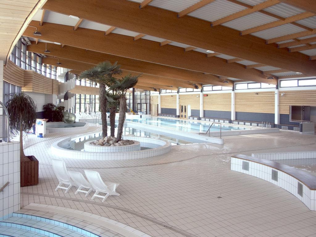 Atelier Arcos Architecture - Saint Vulbas serapportantà St Vulbas Piscine