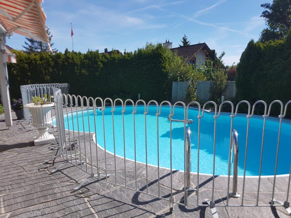 Barrière Piscine Poolfix - Melabel® Clôtures intérieur Barriere Amovible Piscine