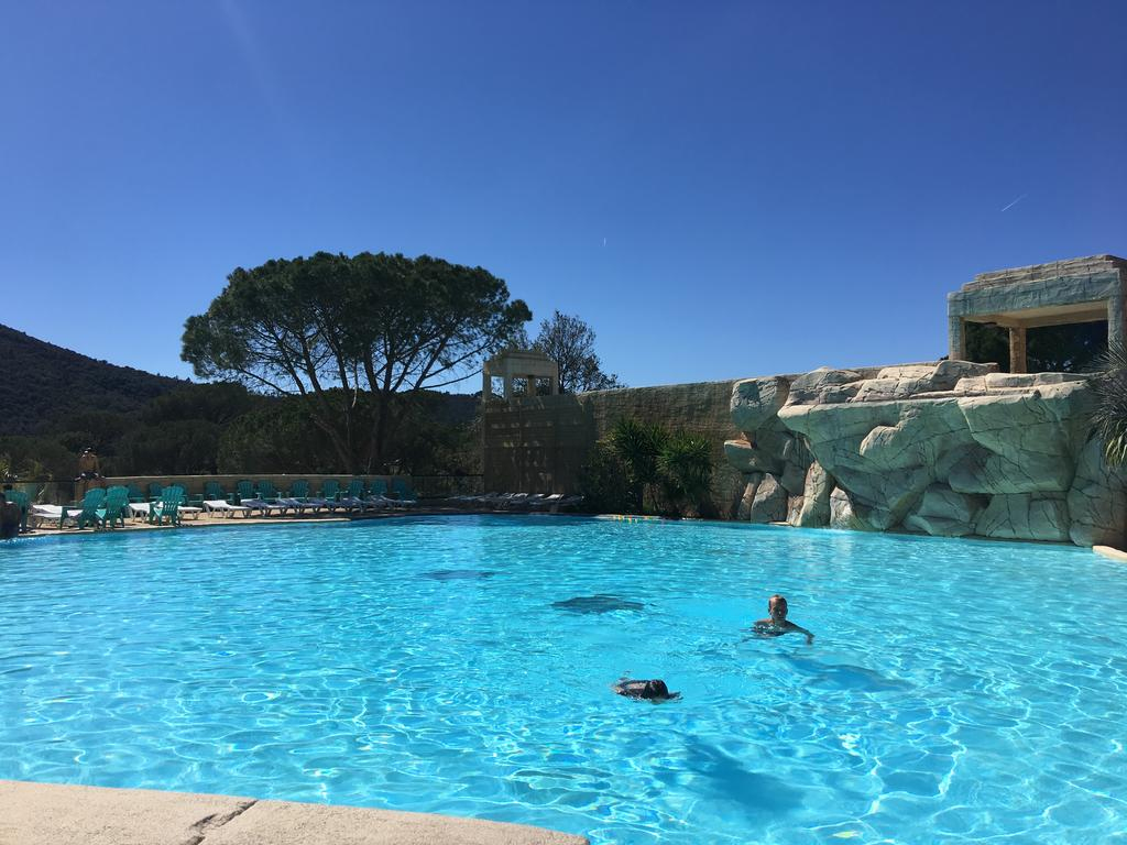 Campground Mobile-Home Aux Cigales, Le Muy, Le Muy ... tout Piscine Center Le Muy