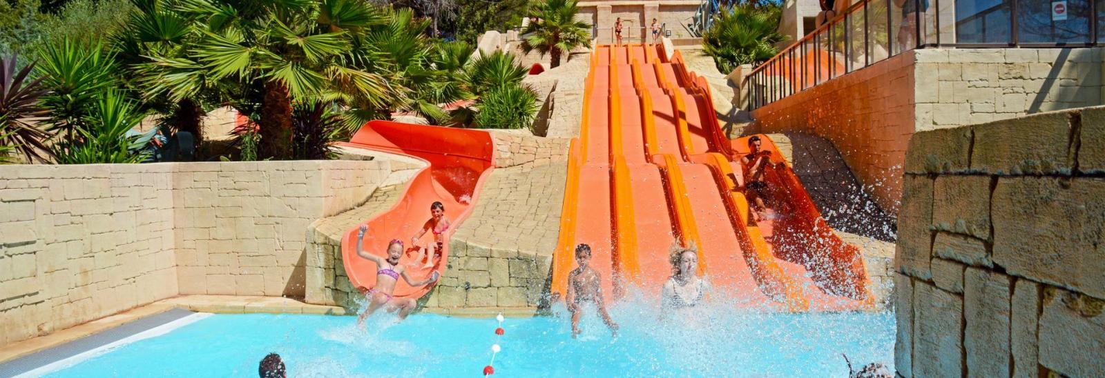 Camping Avec Parc Aquatique Var, Sud De La France : Piscines ... destiné Camping Marseille Avec Piscine