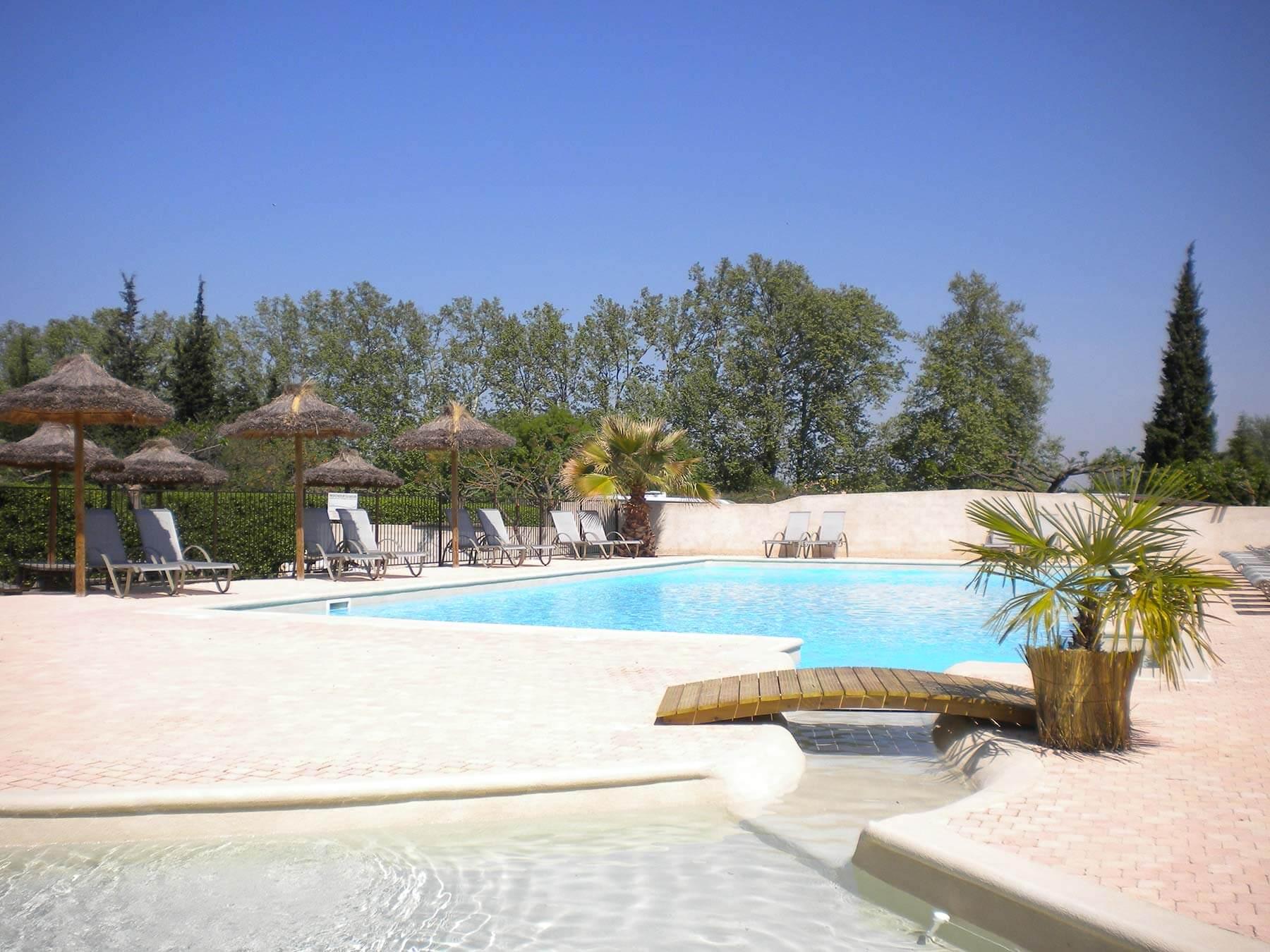 Camping Avignon Avec Piscine | Piscine Chauffée Dans Le Vaucluse avec Camping Avignon Avec Piscine