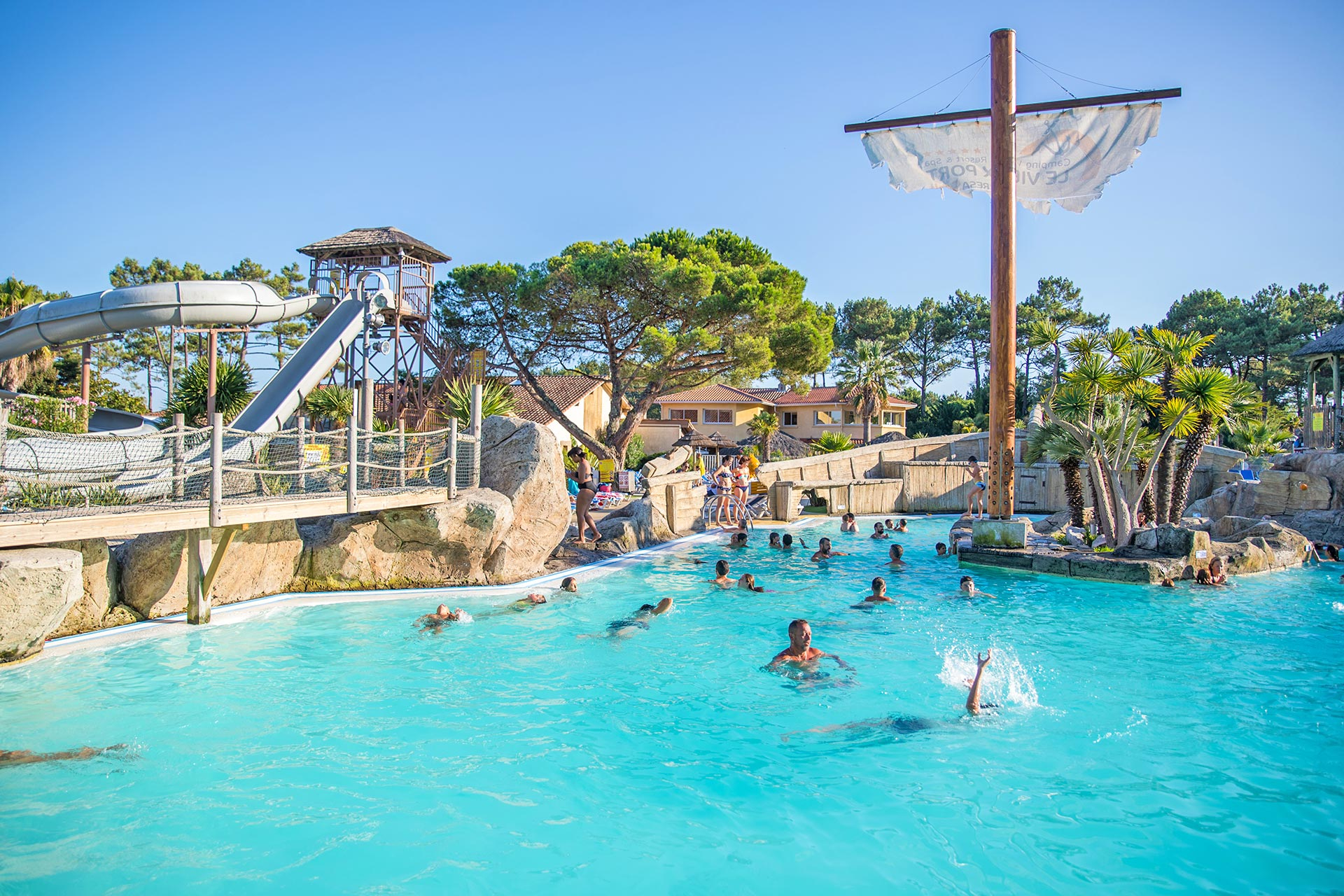 Camping Le Vieux Port ***** - Locations De Vacances Landes ... dedans Camping Vieux Boucau Avec Piscine