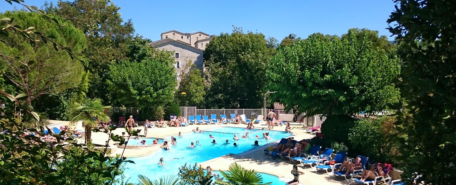 Campingplatz Mit Pool Am Ufer Von Zwei Flüssen - Drôme serapportantà Piscine Drome