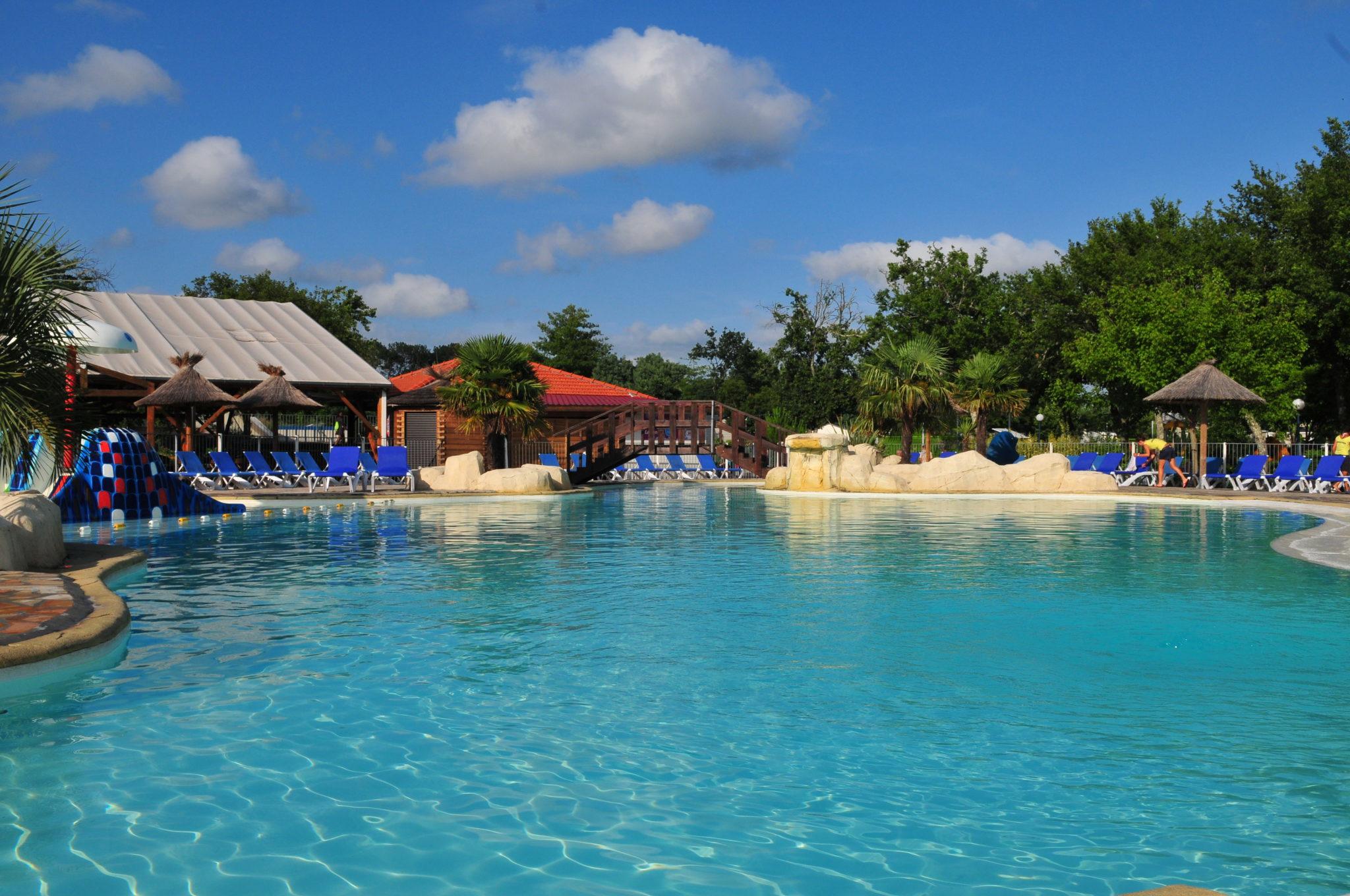 Campings Avec Piscine Dans Les Landes (40) Pour Vos Vacances pour Camping Dax Avec Piscine