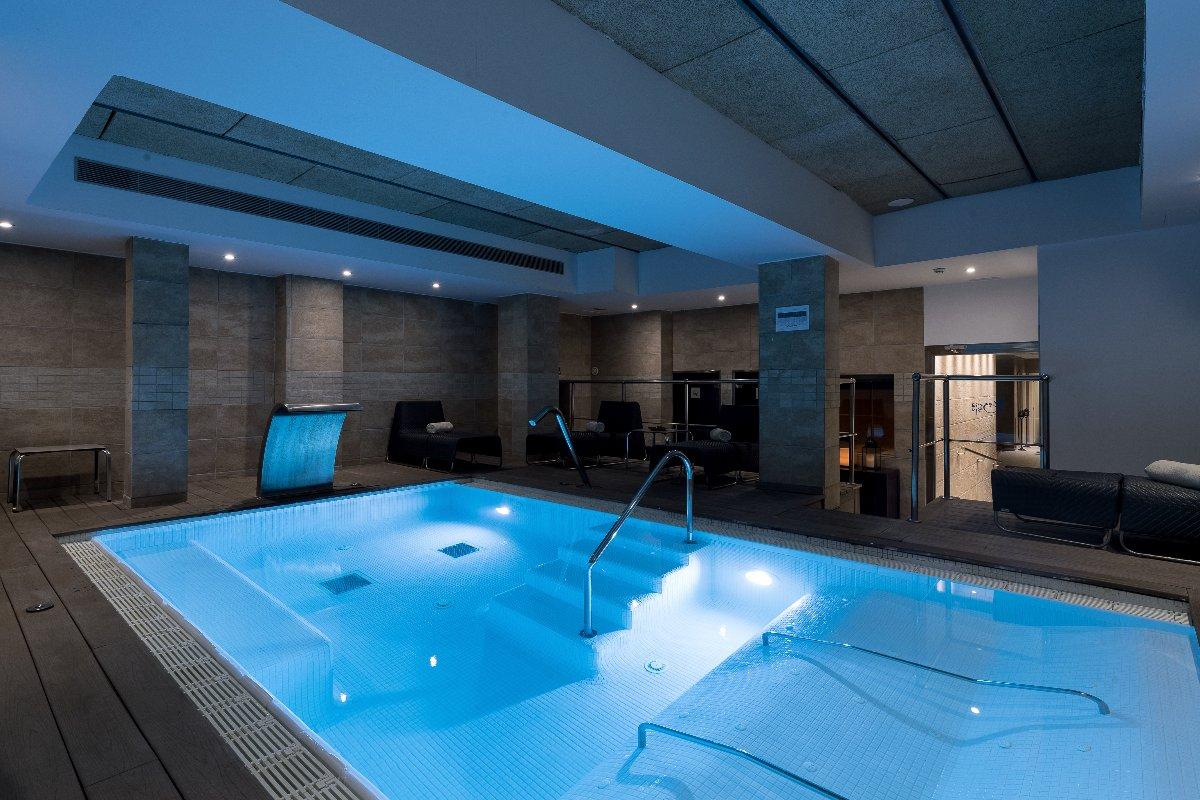 Catalonia Ramblas - Site Web Officiel - Catalonia Hotels ... intérieur Hotel Barcelone Avec Piscine