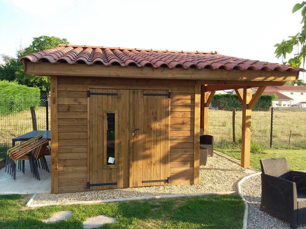 Conception Et Installation D'Abris Et Pool-House À Villefranche intérieur Corpor Abri De Jardin En Kit