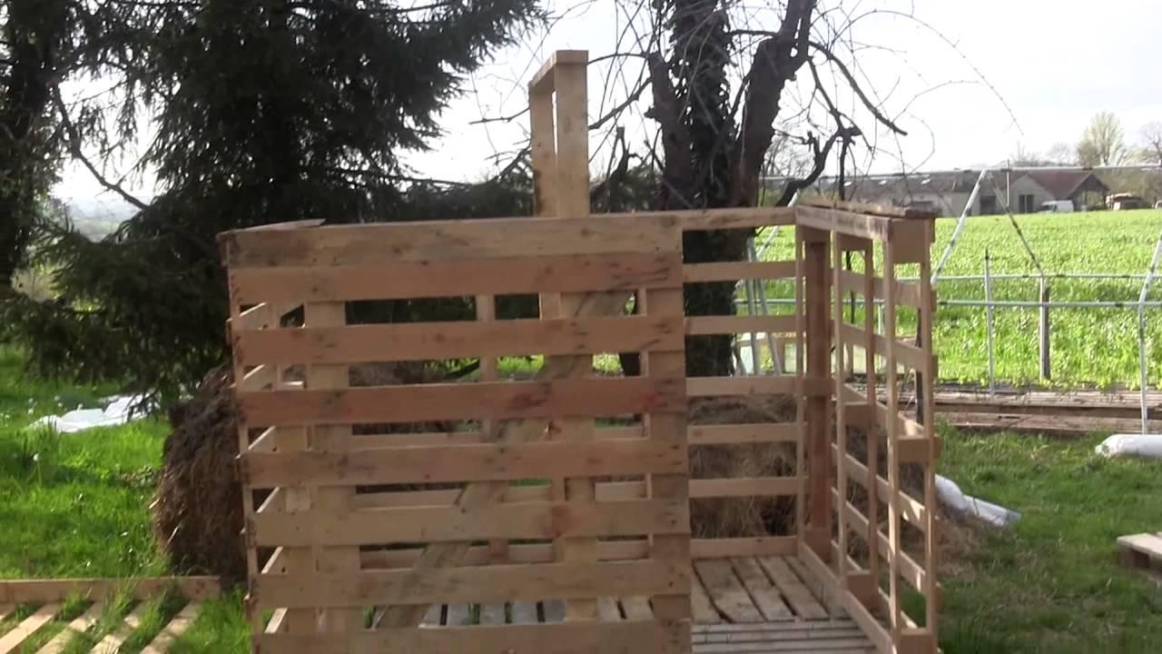 Construction D'Un Chalet Avec Récupération De Palette En Bois concernant Fabriquer Une Pergola En Palette
