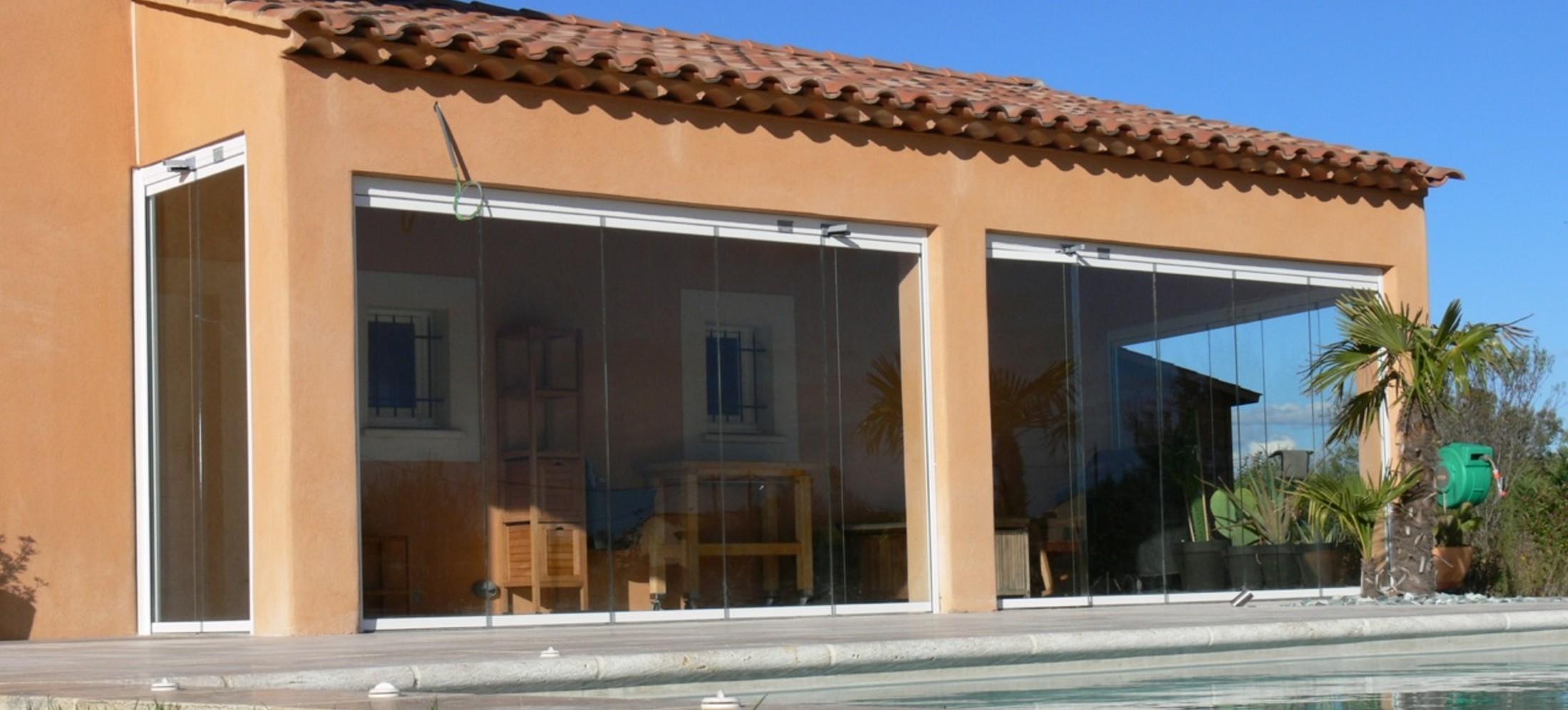 Fermer Sa Terrasse Par Un Rideau De Verre Coulissant Et ... dedans Photo Fermer Une Terrasse Couverte