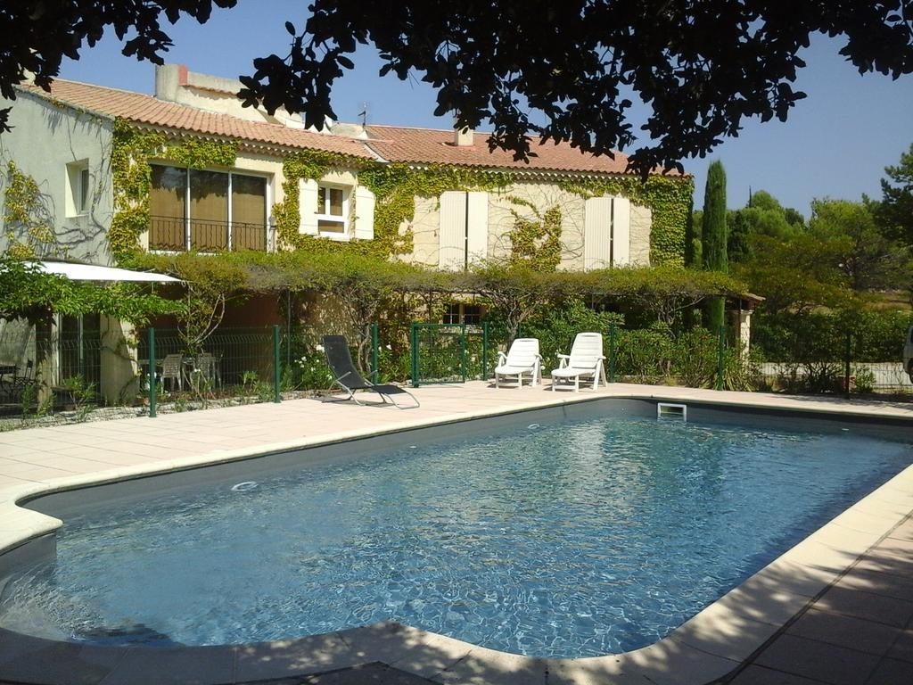 Gite Luberon 6 (France L'isle-Sur-La-Sorgue) - Booking destiné Location Luberon Avec Piscine