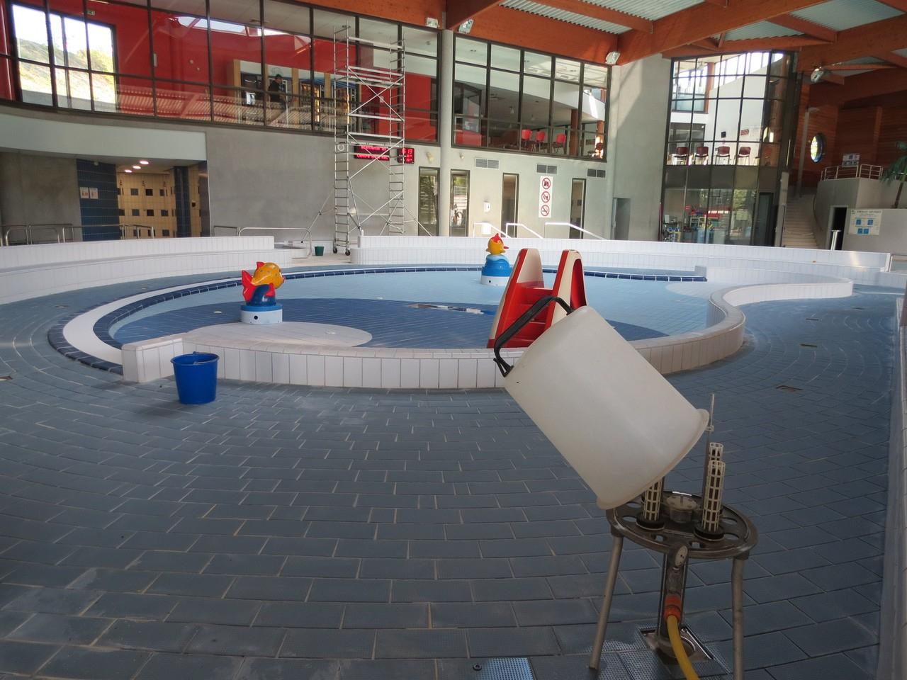 Grand Nettoyage Annuel Pour Le Centre Aqua'Rel De Lons-Le ... tout Piscine Aquarel Lons