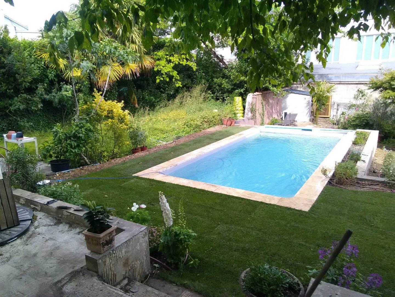 Jardin Romantique À Bordeaux, Concept Paysager : Votre ... à Conception Jardin Piscine Bordeaux