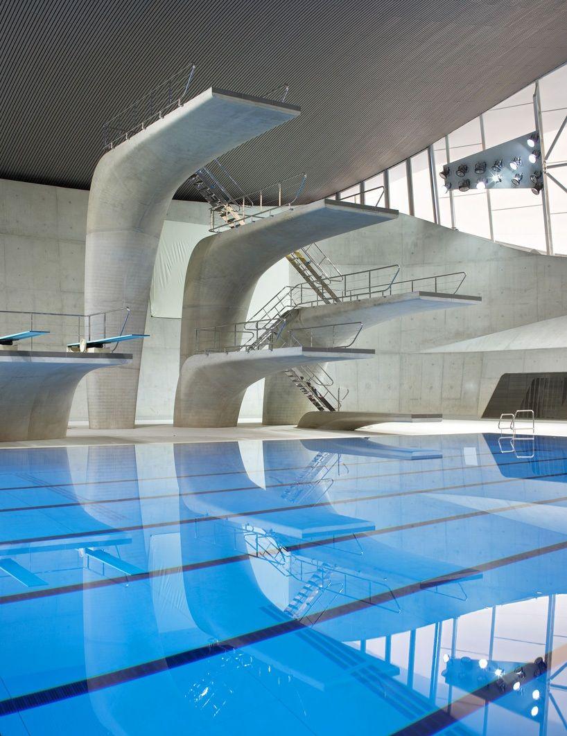 La Piscine Des Jeux Olympiques De Londres 2012 Par Zaha ... intérieur Piscine Londres