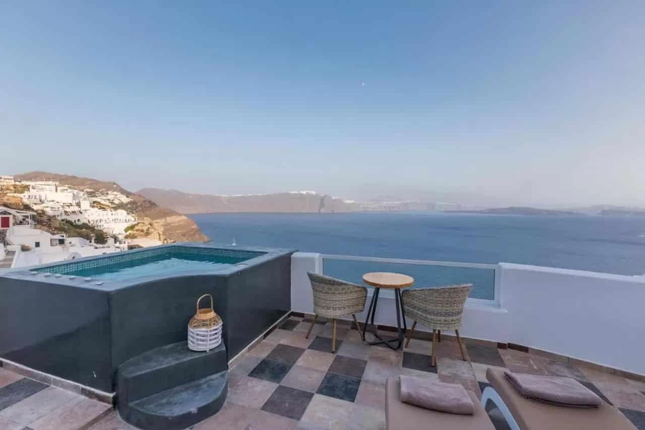 Les 11 Meilleurs Hôtels De Santorin encequiconcerne Hotel Santorin Avec Piscine Privée