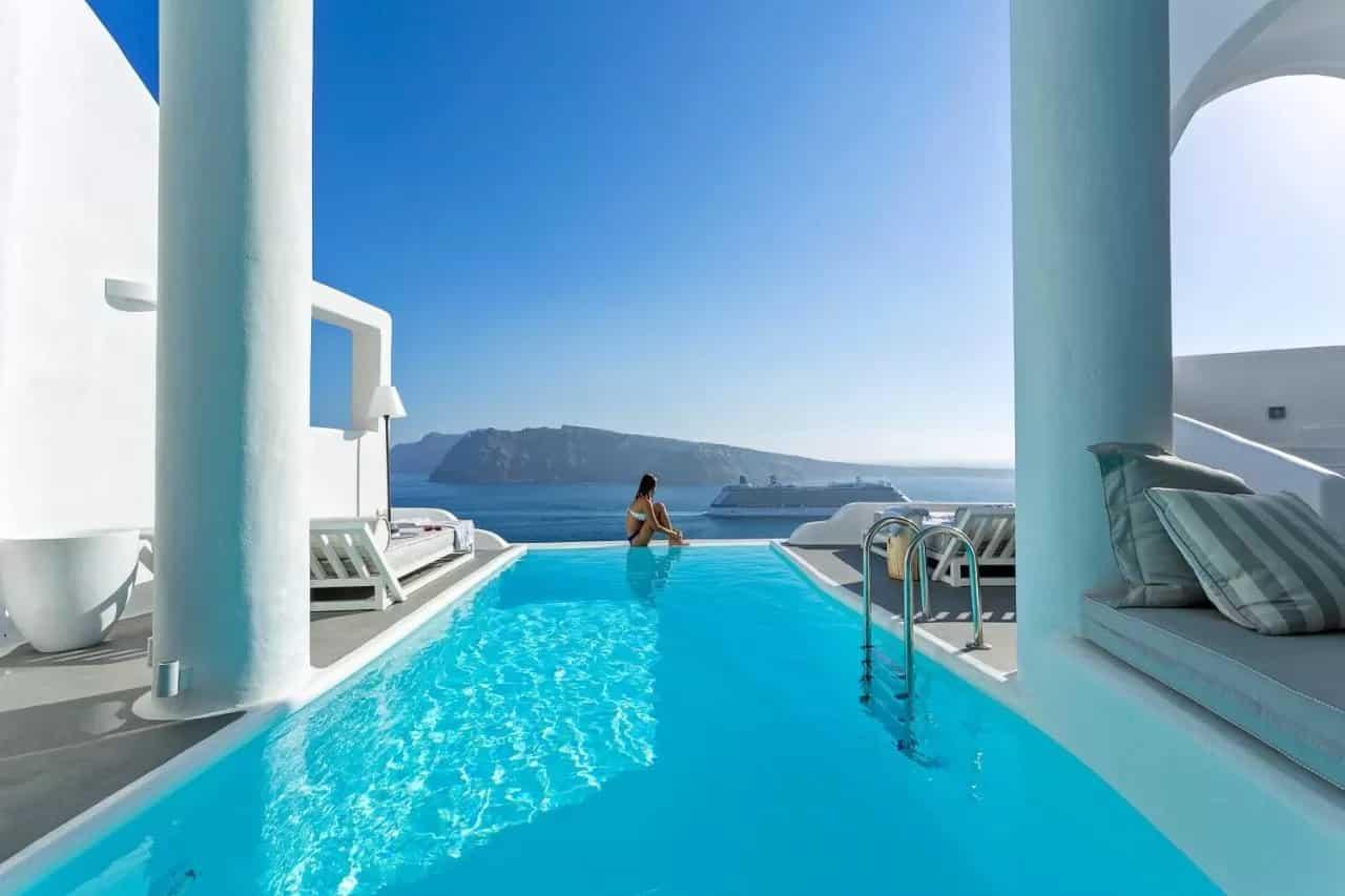 Les 8 Meilleurs Hôtels Avec Piscine Privée De Santorin encequiconcerne Hotel Santorin Avec Piscine Privée