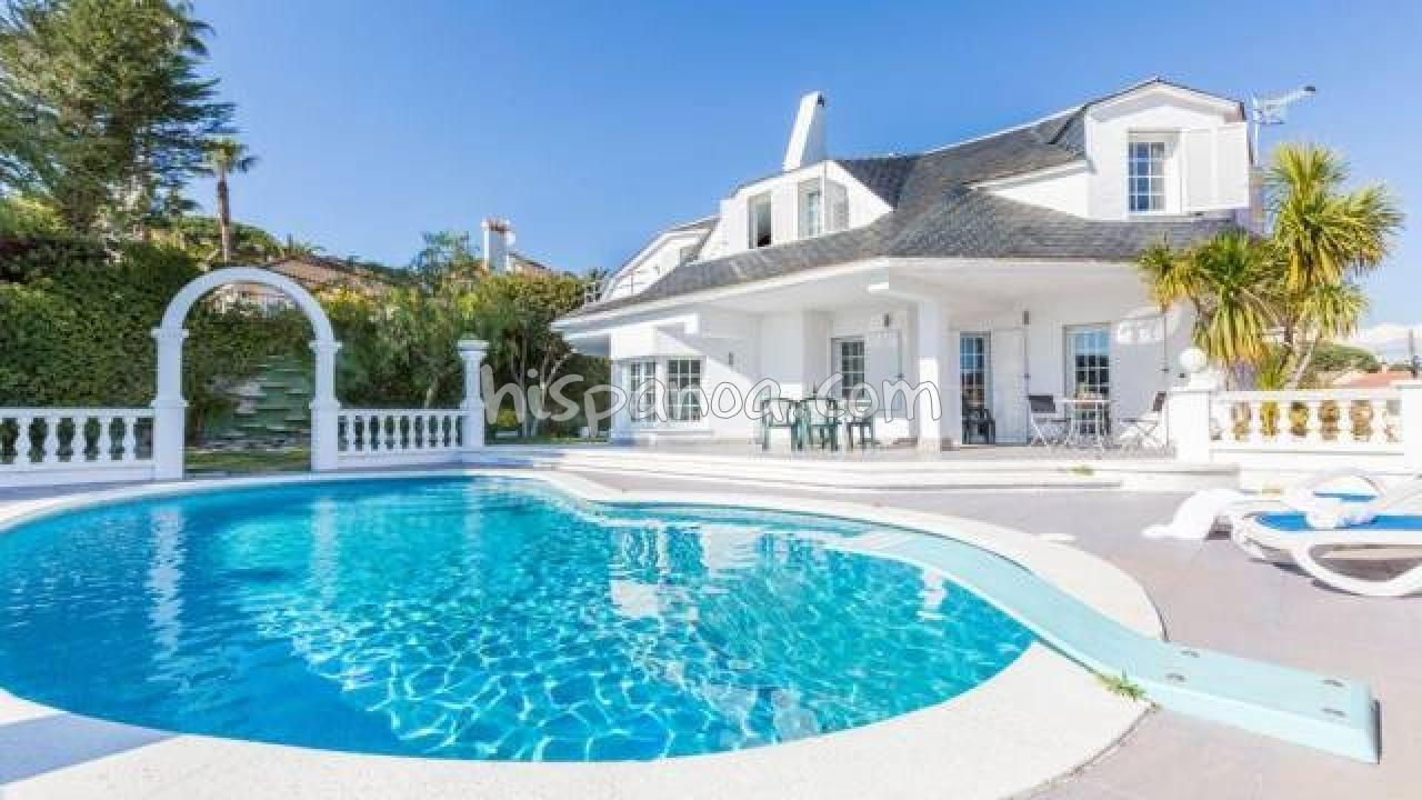 Location Avec Piscine En Espagne À Blanes : Maison De ... dedans Villa En Espagne Avec Piscine