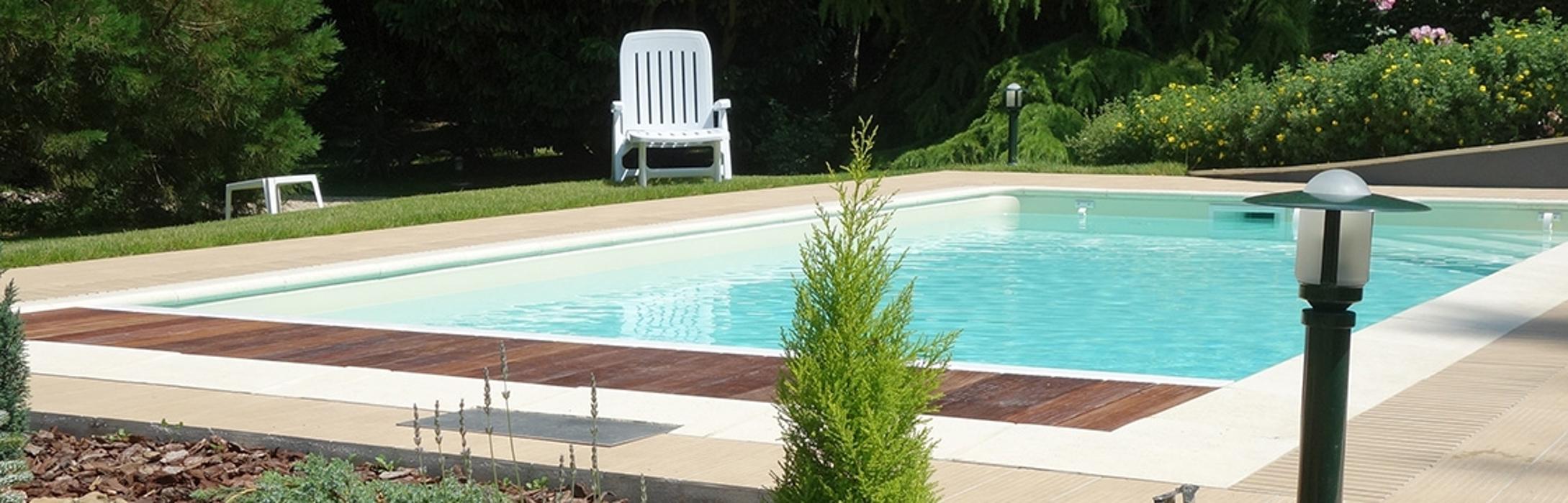 Loire Aménagement - Constructeur De Piscine En Béton concernant Dugain Piscine