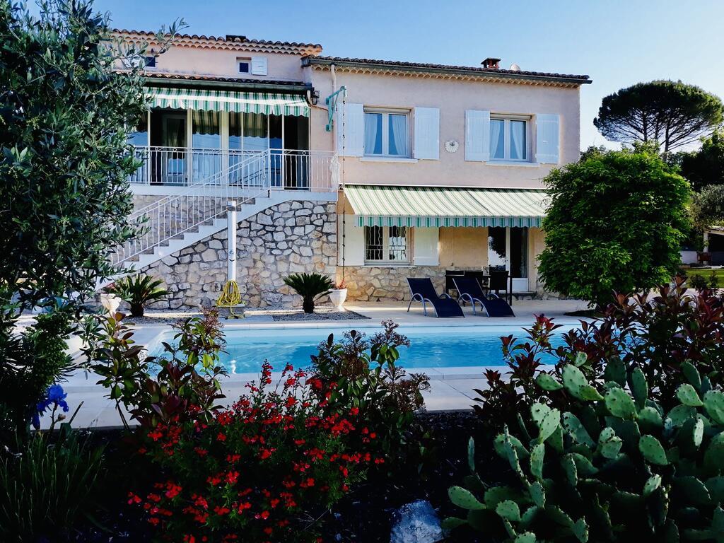 Maison Axaly Saint Martin D'Ardeche 12 Personnes Avec ... avec Hotel Ardeche Avec Piscine