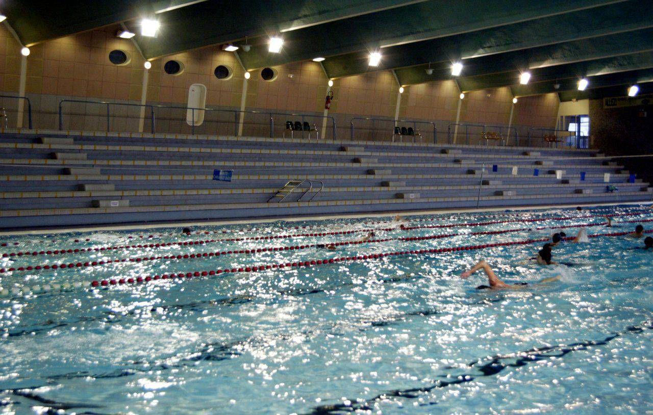 Nanterre : La Piscine Maurice-Thorez De Nouveau Ouverte ... pour Piscine Du Palais Des Sports À Nanterre Nanterre