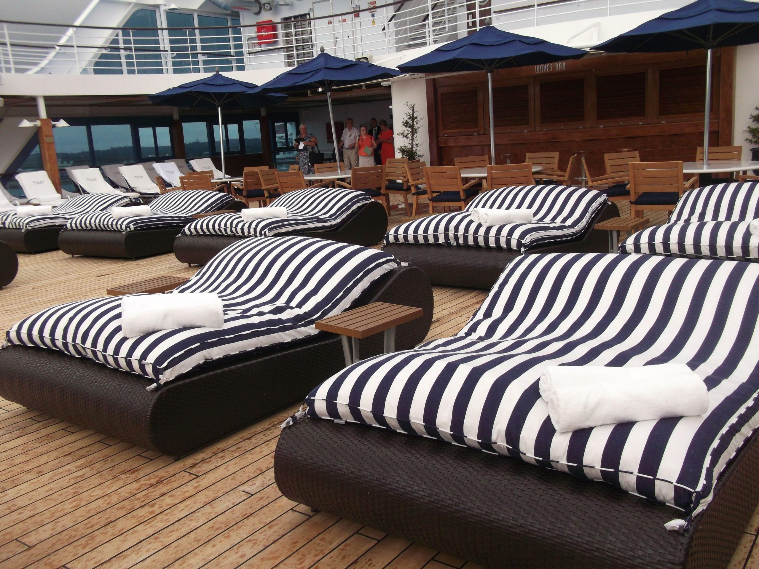 Oceania Cruises - Nautica, Sun Deck | Chaise Lounge, Home ... encequiconcerne Chaise Oceania