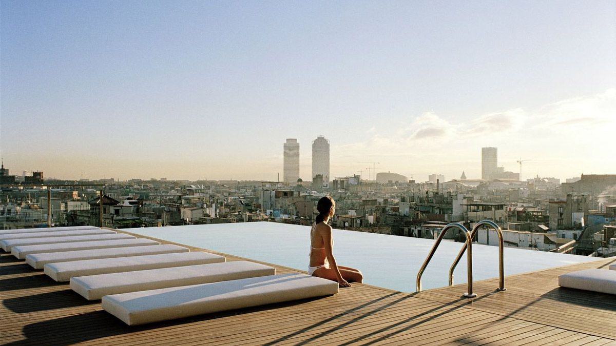 Offrez-Vous Le Luxe D'Une Superbe Vue Depuis Votre Piscine ... pour Hotel Barcelone Avec Piscine