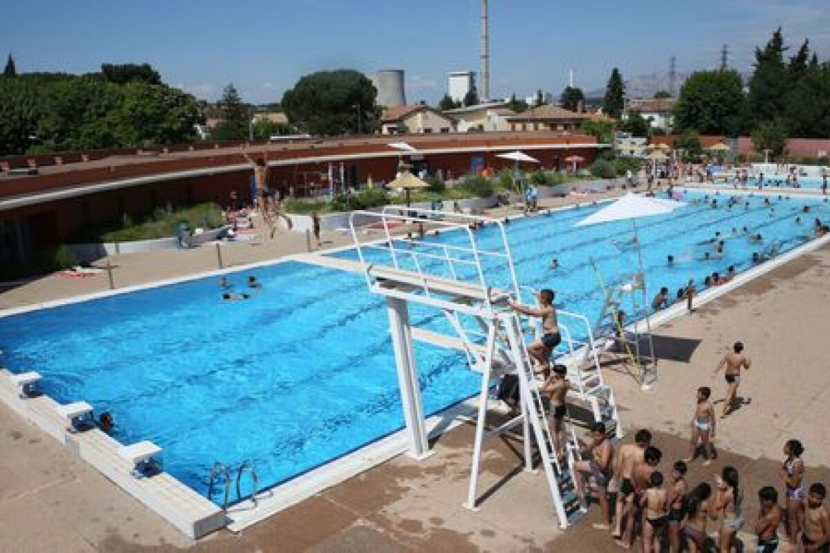 Piscine À Gardanne - Horaires, Tarifs Et Téléphone - Guide ... dedans Horaire Piscine Fuveau
