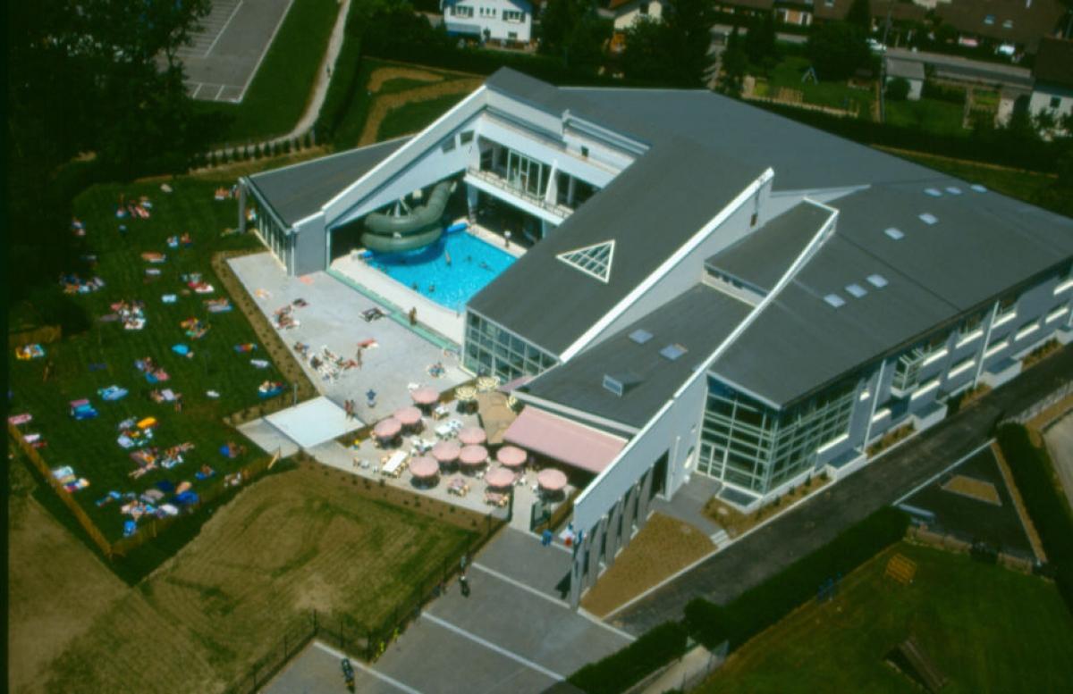 Piscine L'Ile Bleue À Annecy - Sports D'Eau, Piscine - Lac D ... avec Piscine Ile Bleue