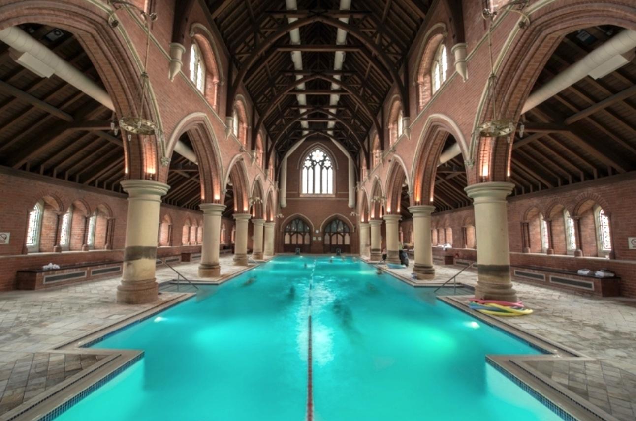 Piscine, Londres, Eglise, Incroyable, Baigner, Nager, London ... avec Piscine Londres