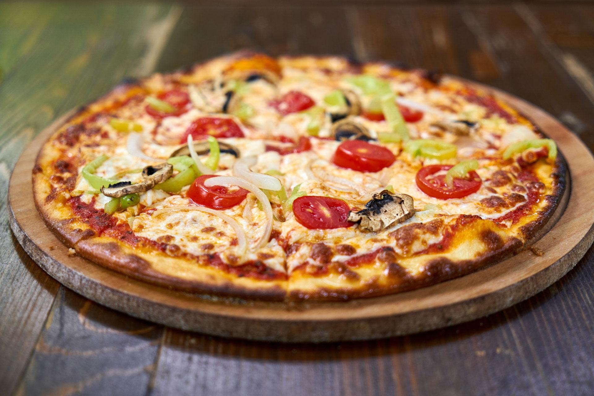 Pizza Au Feu De Bois À Aubenas 🍕 - Site De Pizza-Express ... intérieur Carrelage Direct Usine Aubenas