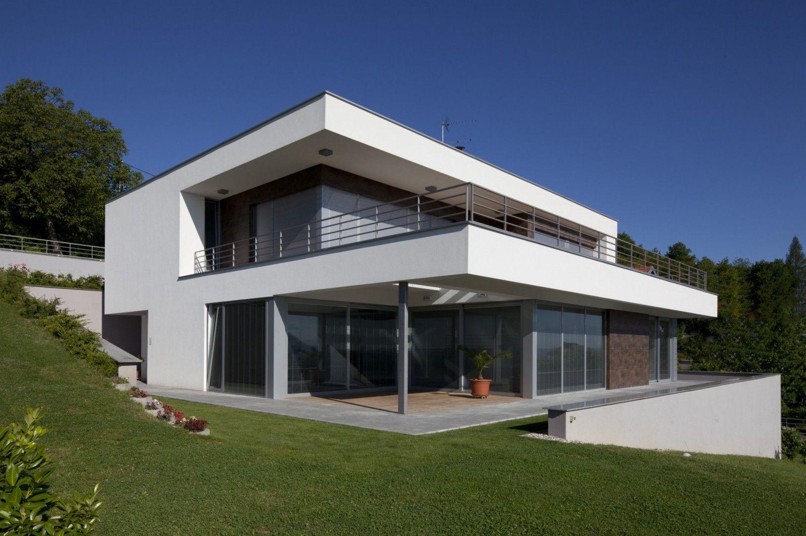 Plan Maison Ntemporaine Sur Terrain En Pente A1Group | Plan ... tout Maisons Design En Pente