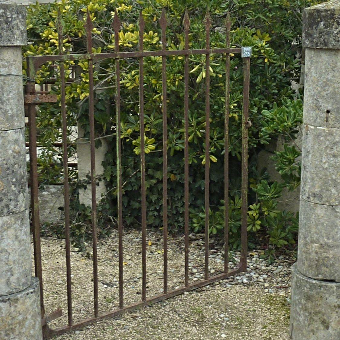 Portes En Fer À Vendre - Portes Anciennes En Fer Forgé ... encequiconcerne Porte De Jardin En Métal
