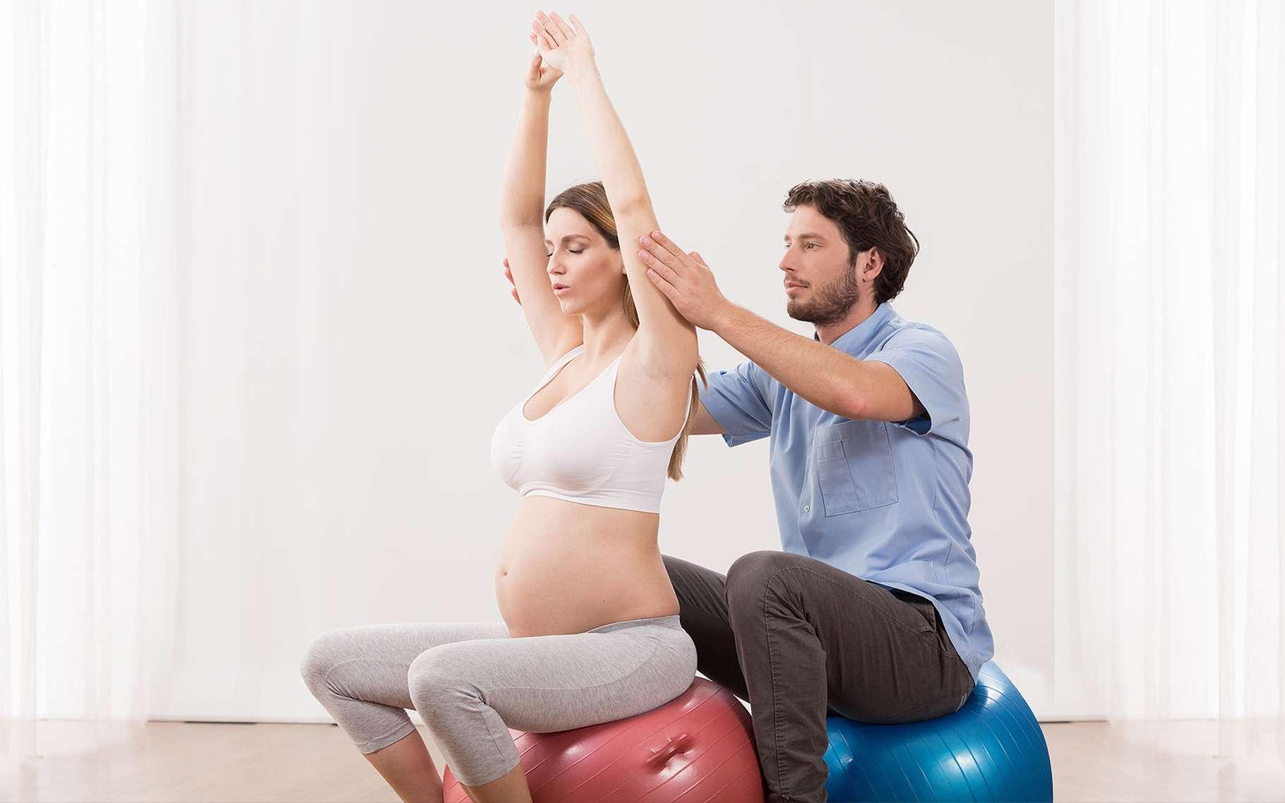 Préparations À L'Accouchement : Sophrologie, Piscine, Yoga ... avec Préparation Accouchement Piscine