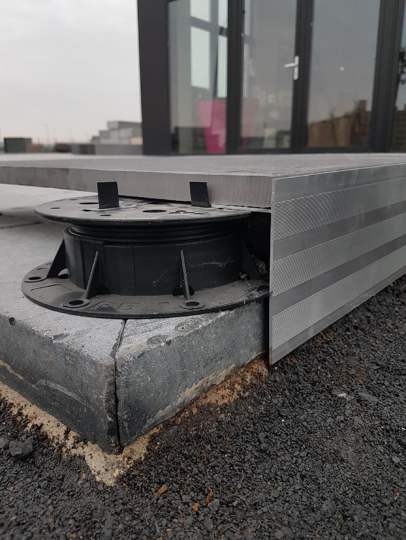 Profilé T12 Bordalu Aluminium intérieur Dalle Sur Plot Bordure