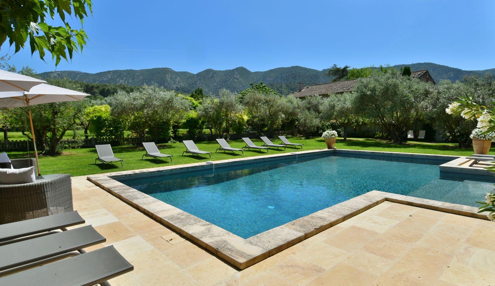 Provence Location Villa Luxe Luberon Avec Piscine Privee Chauffee &  Personnel serapportantà Location Luberon Avec Piscine
